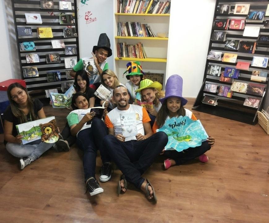 estação de leitura loja BHZ
