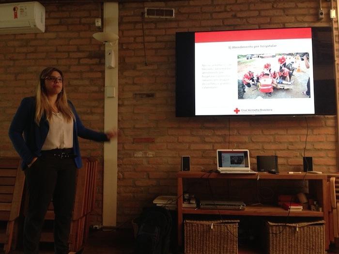 Aline Gomes, da Cruz Vermelha