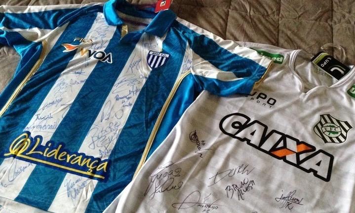Camisas dos times Avaí e Figueirense